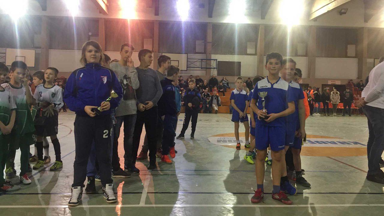 NK-Ivančica-Ivanec-U9-i-U12--zajedno-na-turiru-Marofčanec-2018-3
