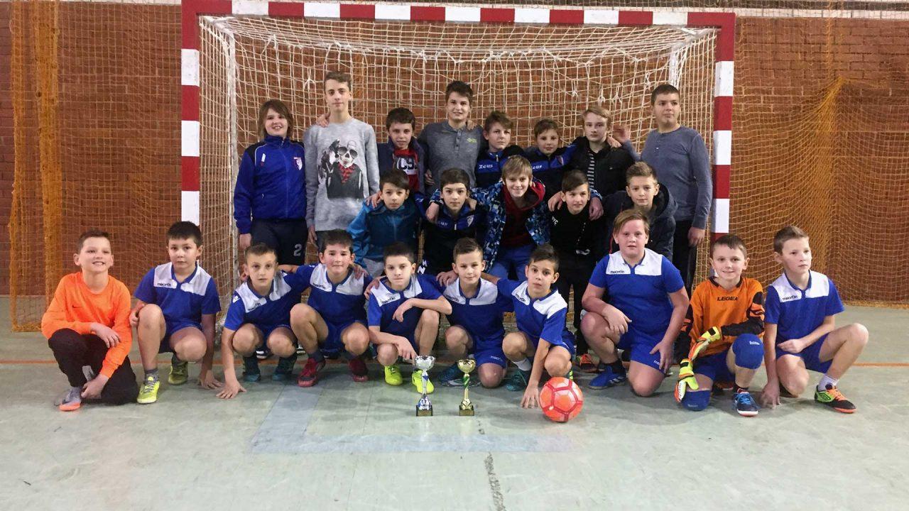 NK-Ivančica-Ivanec-U9-i-U12--zajedno-na-turiru-Marofčanec-2018-2